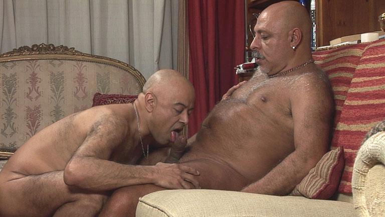 mature gay sec